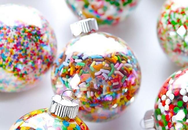 decoración de navidad bolas colores