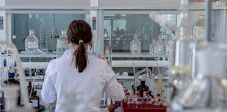 mujer en la ciencia