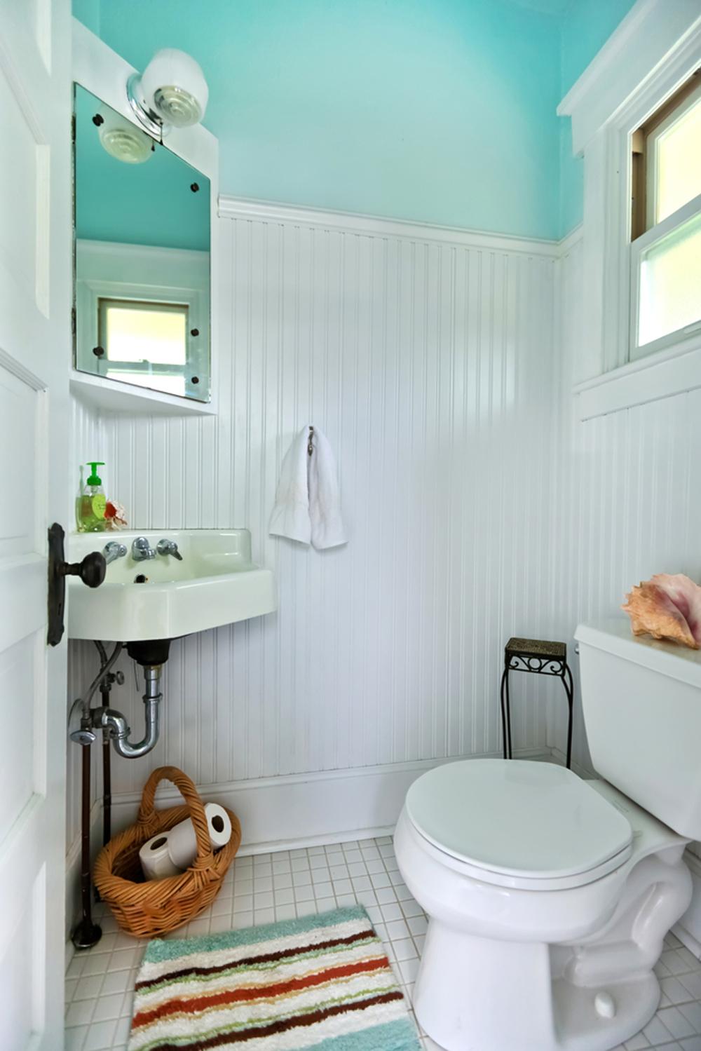 baño estrecho